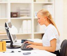 Требуется оператор- консультант для работы в интернет-сети на дому