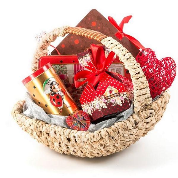 Предлагаем морские и рыбные деликатесы, подарочные корзины