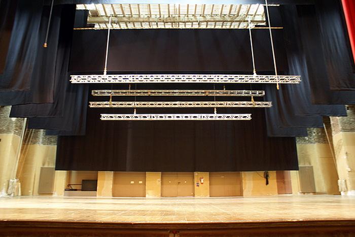 Механика сцены для зрительных залов.