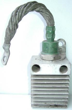 Диод выпрямительный В200-14 бу