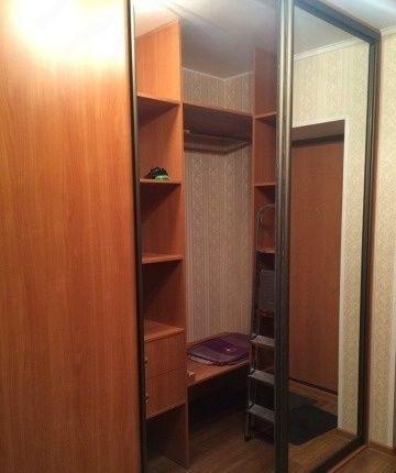 Сдается 2-комнатная квартира в хорошем районе.