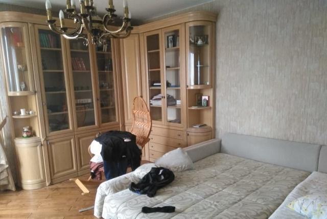 Сдатся просторная двухкомнатная квартира в хорошем состоянии.
