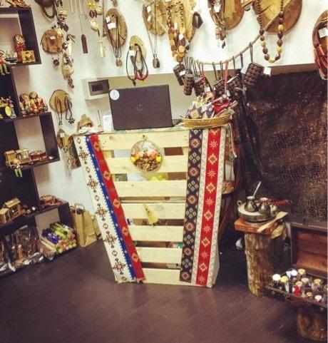 Необычный и уникальный магазин аксессуаров и бижутерии в Москве.