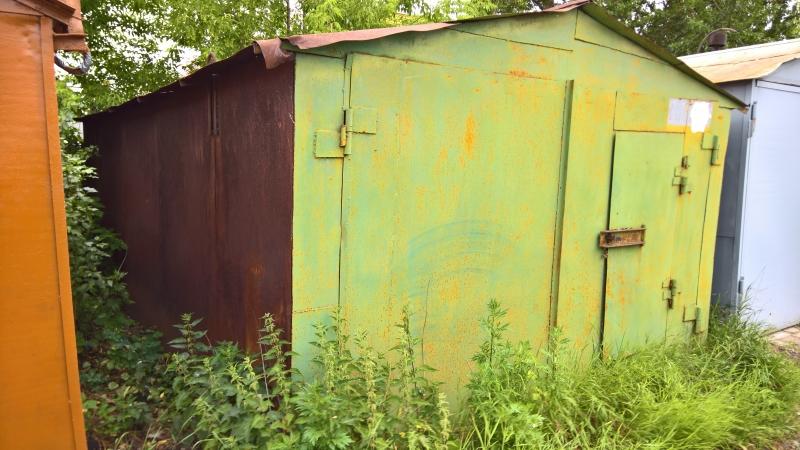 Продаю гараж в ГК, рядом с Толбухинским мостом.