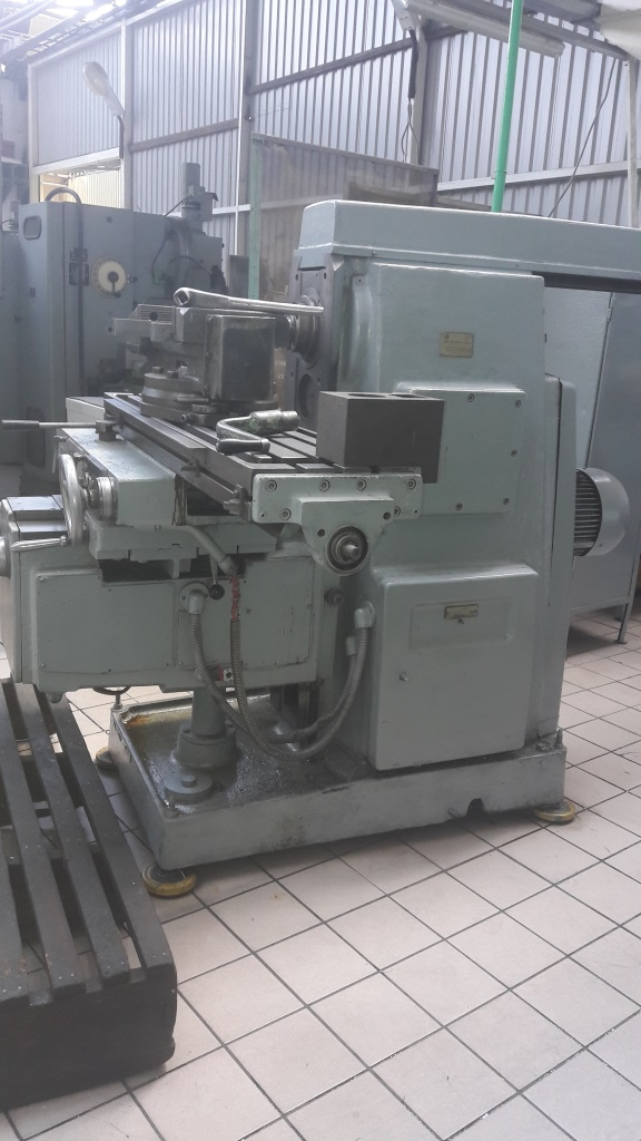 Продам продаю, продается,  горизонтально-фрезерный, фрезерный станок 6Р82 1983