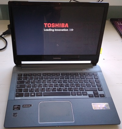 Ноутбук Toshiba satellite U940-DPS - бу