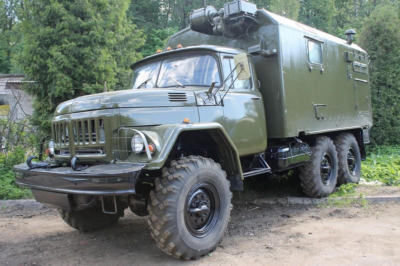 Грузовой ЗИЛ-131. ФургонШасси