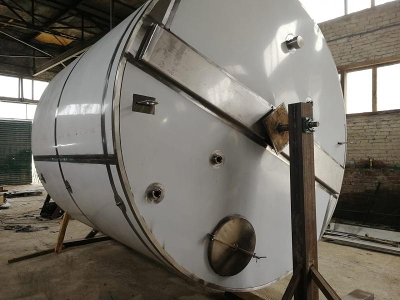 Я1-ОСВ 20 емкость для переработки молока