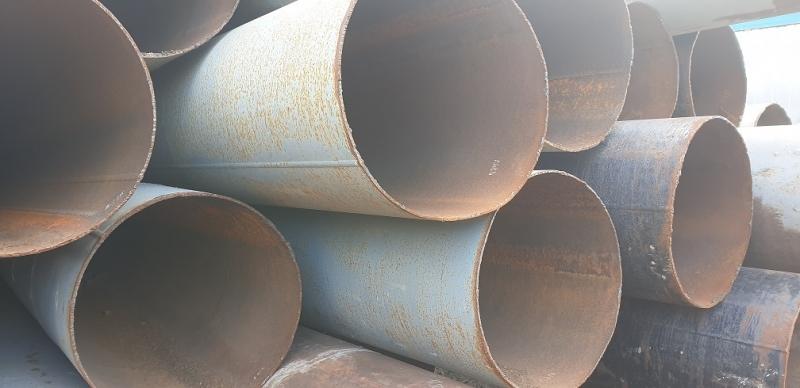 Компания предлагает по низким ценам трубы бу диаметром 720х8мм.