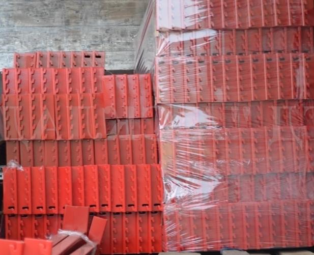 Балки для стеллажей нагрузка до 4500 кг на зацепах