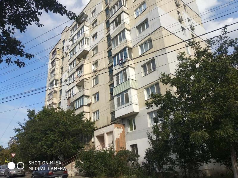 Продам 1ю квартиру в Симферополе
